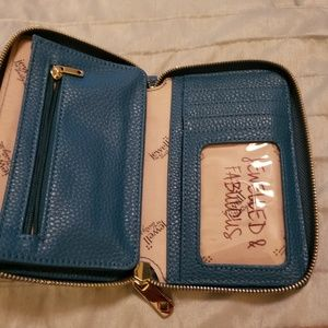 Jewell by Thirty One wallet